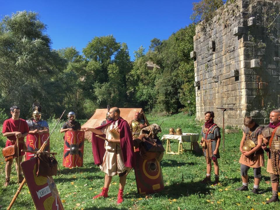 Plinio circondato dai legionari della Centuria Picena e della Legio I Minervia